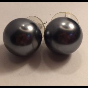New large ball earrings for pierced ears